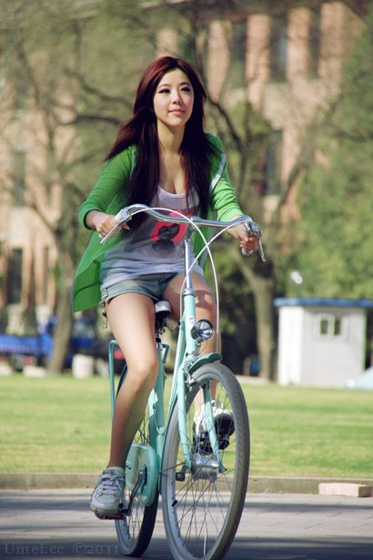bicycle lady 0016
